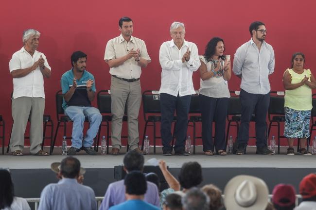 Anuncia AMLO inversion en Bahia